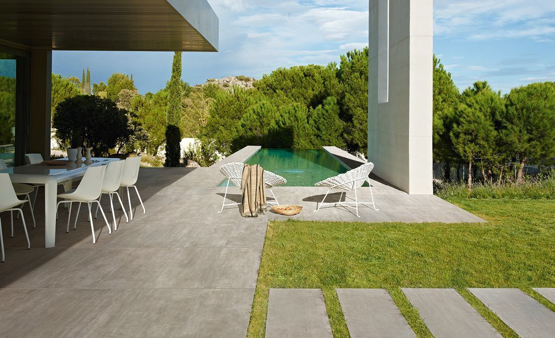 OUTDOOR PORCELAIN PAVERS
